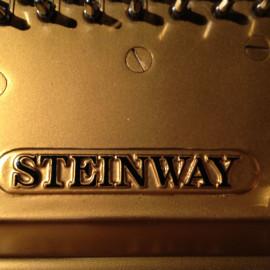 Sei Steinway in due giorni